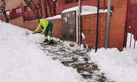 Azuqueca ha limpiado más del 90 por ciento de calles, con 54.000 kilos de sal esparcidos