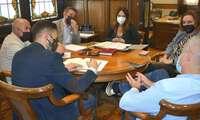 Cabañero estudia posibles vías de colaboración con el Ayuntamiento de Chinchilla para la difusión y desarrollo de los tres grandes Centenarios que la localidad conmemora en 2022