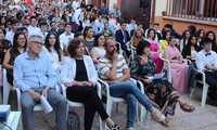 El alumnado de 2º de bachillerato del Zambrano de Alcázar se despide de su instituto en la fiesta de graduación