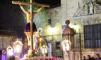 La lluvia apareció en La Solana cuando el Cristo del Amor retornó a la Iglesia de Santa Catalina