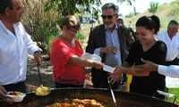 El Alcalde de Valdepeñas celebra con los agricultores el día de San Isidro Labrador