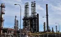 Sale a información pública la revisión de la autorización ambiental de la refinería Repsol Petróleo de Puertollano