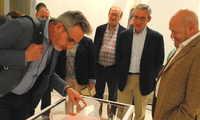 Inaugurada en La Confianza de Valdepeña la exposición 'El Ajuar de la Reina'