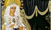 Nuestra Señora de los Dolores estrena en la Semana Santa de Argamasilla nuevo manto