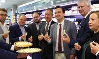 Los consumidores podrán elegir Queso Manchego de la denominación de origen por primera vez en los lineales de más de 40 supermercados de Mercadona