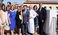 La alcaldesa de Toledo destaca el afán emprendedor de Adolfo Muñoz, hijo adoptivo de la ciudad, en la apertura de su nuevo espacio hotelero