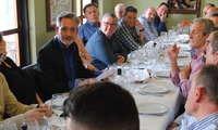 Jesús Martín congrega a una treintena de agricultores en una reunión de trabajo