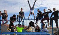Exhibición de Pumptruck y Calistenia en la nueva zona de ocio y deporte de la calle Anchuras de Villacañas