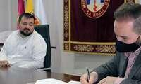 El Ayuntamiento duplica el convenio con la Se-mana Santa de La Roda