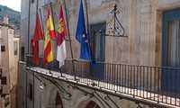 Cuenca suspende la actividad del mercadillo del martes, la Oficina de Turismo y la Casa Zavala