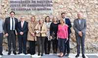 El Gobierno regional ensalza la figura de Nicolás Cabañas y valora la generosidad de su familia al donar documentos del artista al Archivo de Cuenca