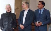 El alcalde de Cuenca inaugura 'Primeros 60 años de Arte y Diseño' con la presencia de Cruz Novillo en Casa Zavala
