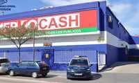 Detenienen a tres hombres en Valdepeñas que sustrajeron un carro de la compra con productos valorados en 1200 euros