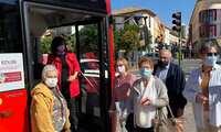 La alcaldesa repasa desde los nuevos autobuses híbridos el modelo de ciudad sostenible que quiere para Alcázar de San Juan