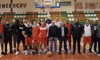 El Pabellón Pintores de Villarrobledo cuenta con las nuevas canastas reglamentarias para la LEB Plata de baloncesto