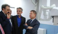 Page y Martín inauguran la nueva sala de radiología digital del Hospital de Valdepeñas