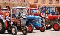 En la Solana han vuelto las motos y los tractores del ayer, aunque en formato reducido