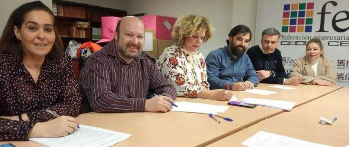 Firmado el convenio colectivo de Comercio Textil de Ciudad Real para 3.000 trabajadoras y trabajadores