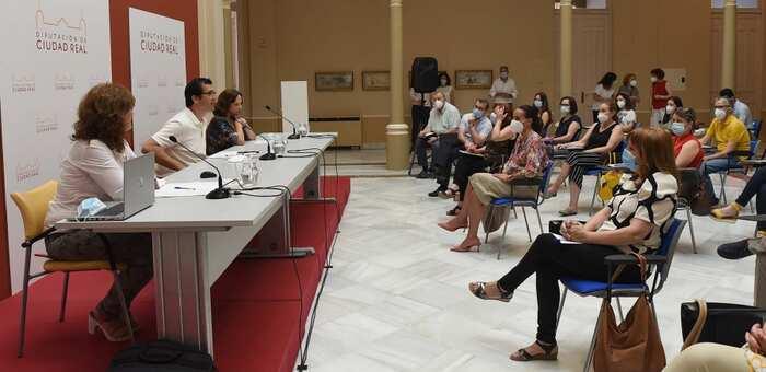 La Diputación de Ciudad Real destinará a los ayuntamientos 525.000 euros para que puedan tramitar el Ingreso Mínimo Vital