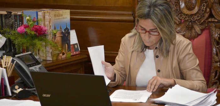 """La alcaldesa de Toledo afirma que el paso a la fase 1 """"debe consolidar el compromiso y la solidaridad que hemos demostrado"""""""