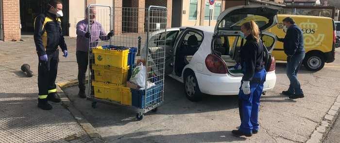 el ayuntamiento de Talavera entrega un centenar de máscaras de esnórquel más al Hospital Hospital Nuestra Señora del Prado