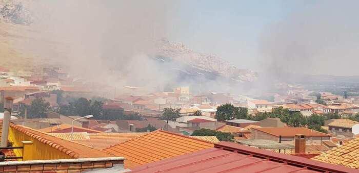 Trasladado al hospital un agente forestal tras resultar afectado durante la extinción de un incendio en el Cerro del Tío Pedrillo (Puertollano)