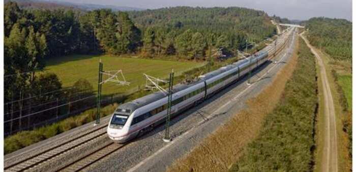 Detenido un tren en Alcázar de San Juan por sospecha de COVID en un viajero, que ha dado negativo