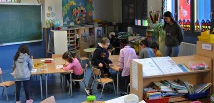 Simón afirma que el uso de mascarillas en las aulas dependerá de la distancia entre estudiantes