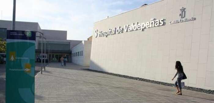 Herido un hombre de 71 años tras sufrir una caída de la motocicleta que conducía en Villanueva de la Fuente