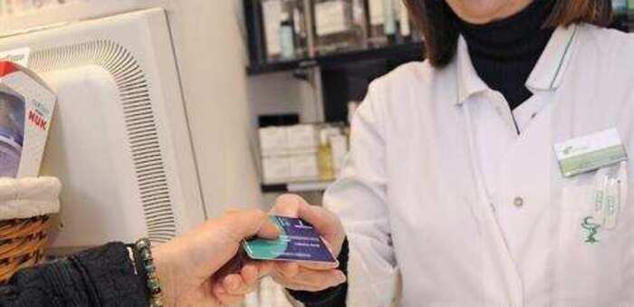 A partir de mañana se distribuirán en Castilla-La Mancha más de 5.400.000 mascarillas a través de las oficinas de farmacia de la región