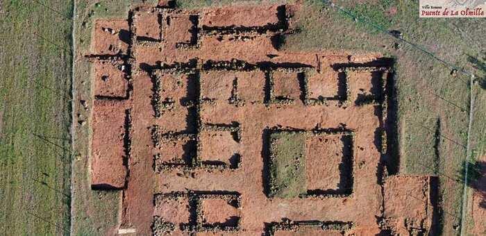 Figura 1. Planta de la villa romana de Puente de la Olmilla (Albaladejo) (OPPIDA. 2019)