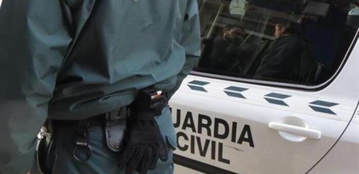 Dos detenidos a su paso por Hellín por un delito de tenencia ilícita de armas de fuego