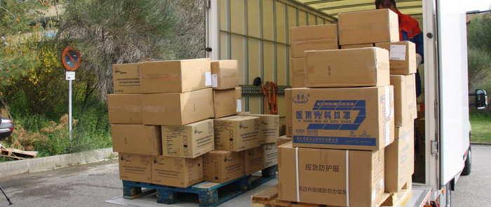 Castilla-La Mancha está distribuyendo hoy casi 10.000 artículos de protección para los profesionales de los centros sanitarios y sociosanitarios de la provincia de Cuenca