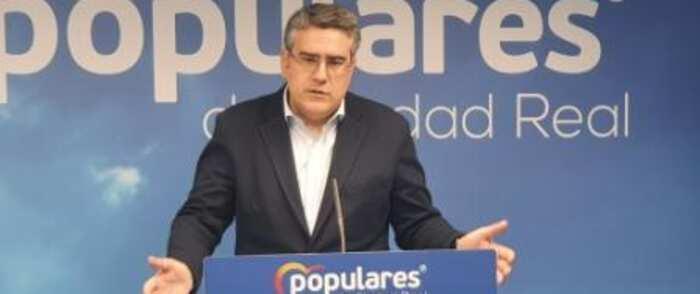 """Rodríguez: """"Con el asunto del IVA, García-Page vuelve a doblar la rodilla frente a Pedro Sánchez"""""""