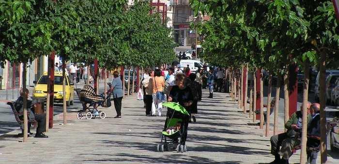 El Ayuntamiento de La Roda prepara la Fase 1 con la 'peato-nalización' provisional de las calles del centro