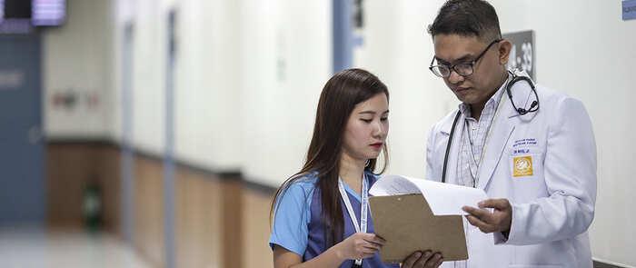 El Gobierno impulsa la contratación de cerca de 200 profesionales extranjeros en situación regular del sector sanitario ante la crisis del Covid-19