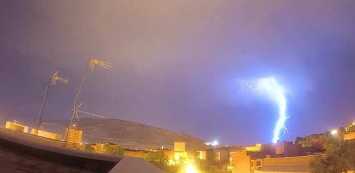 Tormenta de verano y rayyos en Puertollano