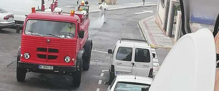 Continúan las tareas de desinfección de las calles de Illescas