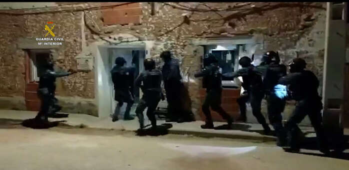 La Guardia Civil interviene cerca de una tonelada de marihuana en Cuenca