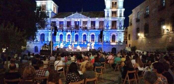 La V edición del Festival de Músicas del Mundo de Toledo culmina con gran éxito al son de los ritmos brasileños de Gafieira Miúda