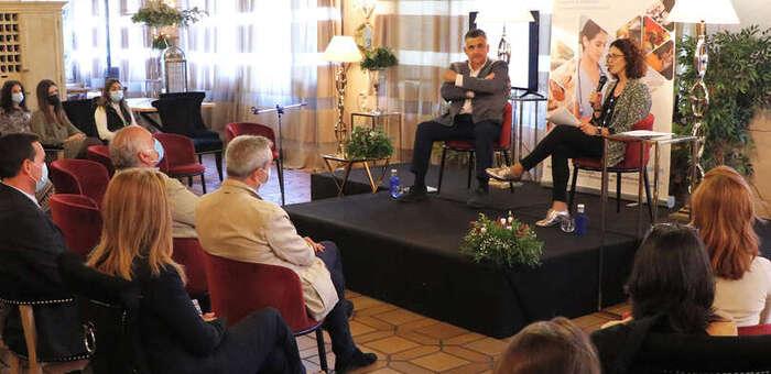 En Castilla-La Mancha se ha incrementado más de un 200 por ciento la oferta de plazas para la formación de enfermeras especialistas