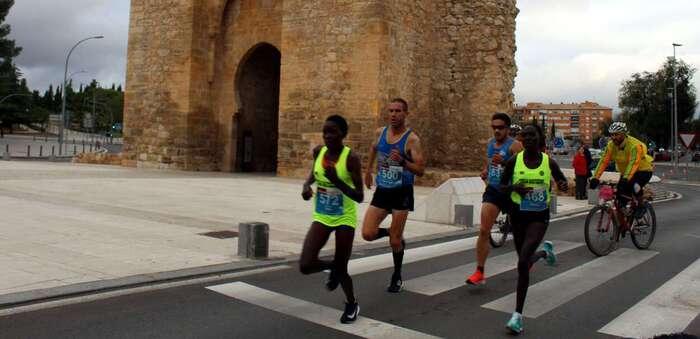 Récord de atletas seniors inscritos para celebrar con ilusión la 25 edición del Quijote Maratón en Ciudad Real, este 24 de octubre