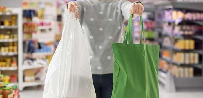 Las bolsas de poliéster y de rafia tienen un impacto ambiental 30 veces menor que las de algodón