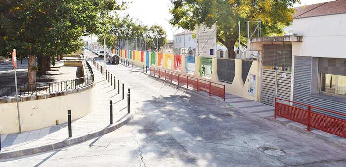 Camino más seguro en el colegio Calderón de la Barca de Puertollano