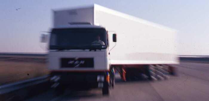 La DGT detecta en una semana exceso de horas de conducción en un millar de conductores  profesionales