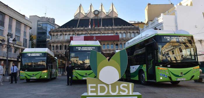 Ciudad Real presenta tres nuevos autobuses de gas natural adquiridos por EDUSI