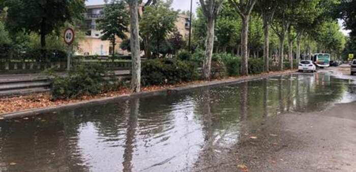 """Vox Talavera ve en """"la falta de mantenimiento y la suciedad"""" las causas de las inundaciones de diversas calles"""