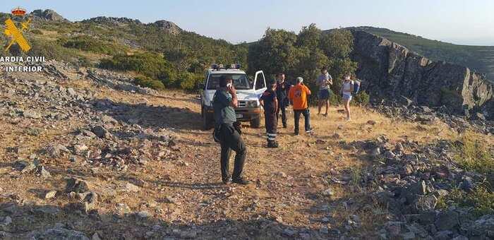 La Guardia Civil ha auxiliado a dos personas que practicaban senderismo en Los Navalmorales (Toledo)