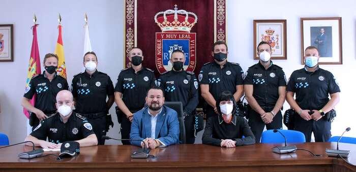 El acalde de La Roda anuncia la convocatoria inminente de tres nue-vas plazas de policía y una futura comisaría
