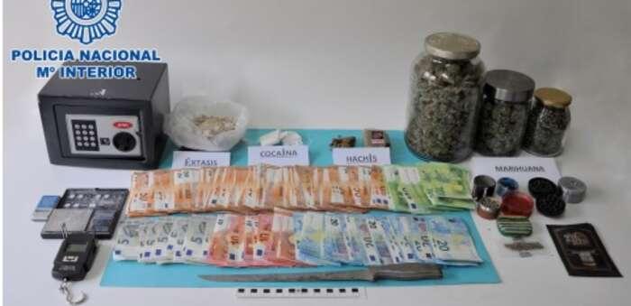 La Policía Nacional desmantela en Puertollano un importante punto de venta de cocaína, marihuana, hachís y éxtasis en Puertollano
